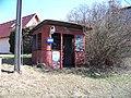 Malešov, 5. května, autobusová zastávka u nádraží.jpg
