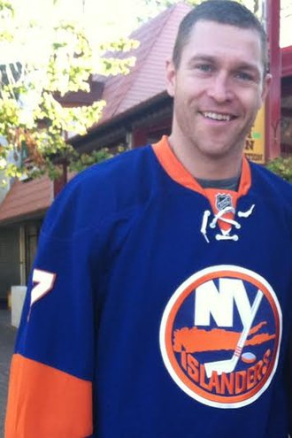 Matt Carkner - Carkner with the New York Islanders in October 2013