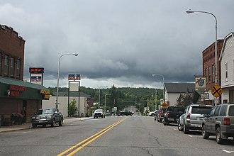 Mellen, Wisconsin - Image: Mellen Wisconsin Downtown Looking South WIS13