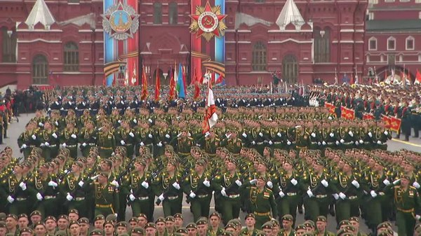 Файл:Military parade on Red Square 2017-05-09 (video) part 03.ogv