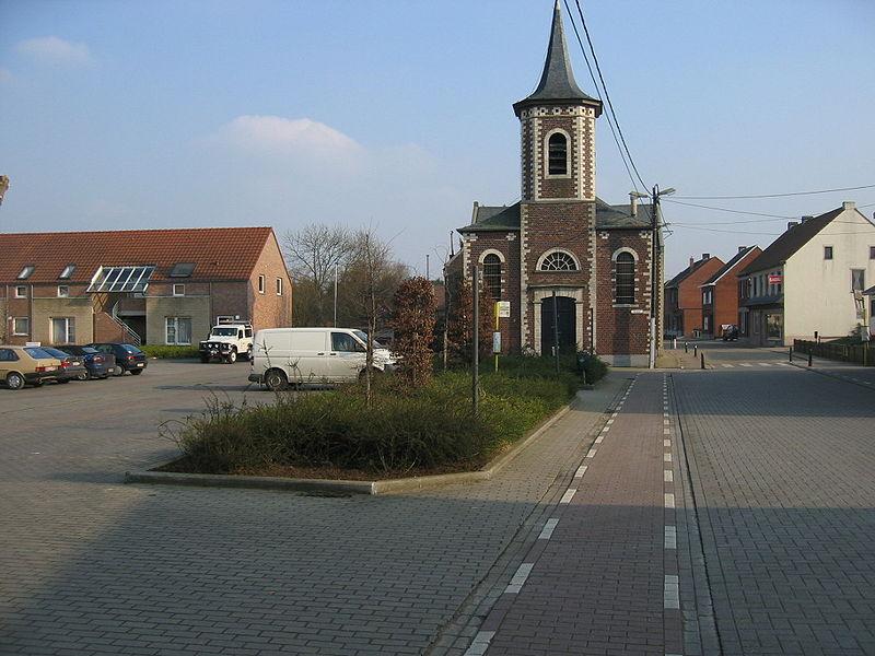File:Molenstede dorpsplein.jpg