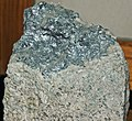 Molybdenite vein in quartz monzonite (latest Cretaceous to earliest Tertiary, 62-66 Ma; Continental Pit, Butte Mining District, Montana, USA) 1 (19215397436).jpg