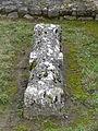 Montagnac-d'Auberoche tombe ancienne (4).JPG