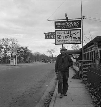Monteagle, Tennessee - Monteagle highway scene, circa 1941