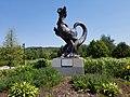 Monument d'Alexis Lapointe (dit le Trotteur) au parc municipal de Clermont (Charlevoix)-2018-07-20.jpg