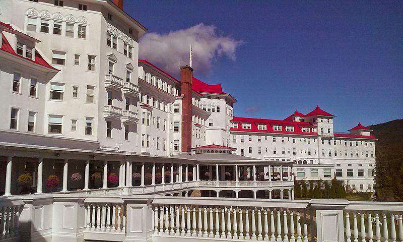 File:Mount Washington Hotel Presidential Wing View.jpg