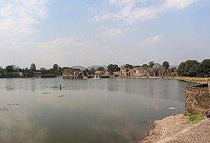 Vakpati Munja - Munja Talao or Munj Talab, a pond in Mandu