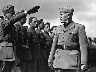 Benito Mussolini inspecting troops during the Italo-Ethiopian War, 1935 Mussolini truppe Etiopia.jpg