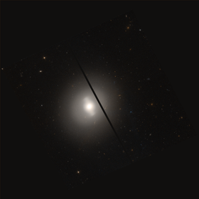 NGC 4262 HST 9401 R850GB475.png
