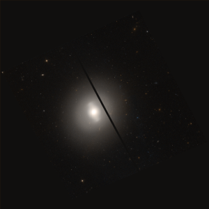 NGC 4262 - NGC 4262 imaged by the Hubble Space Telescope