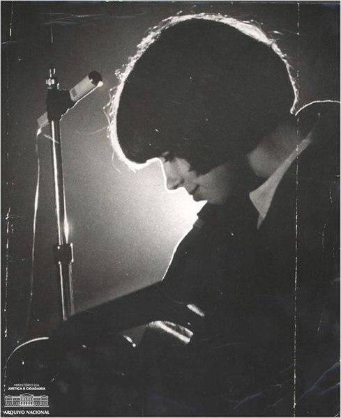 File:Nara Leão 1966.jpg