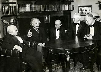 Max Planck - From left to right: W. Nernst, A. Einstein, M. Planck, R.A. Millikan and von Laue at a dinner given by von Laue in Berlin on 11 November 1931