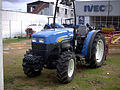 New Holland TN 75VA 2007 Tractor (14795869212).jpg