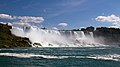 Niagara American Falls 2 (7910339572).jpg