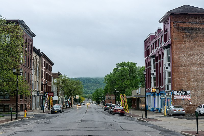 File:North Main Street, Herkimer, New York.jpg