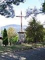 Notre-dame-du-Laus (la croix de Jérusalem - 1).JPG