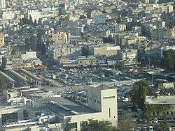 """נווה שאנן והתחנה המרכזית הישנה בתל אביב. ניתן להבחין בהתעקלות הרחובות ימינה, בהתאם ל""""תוכנית המנורה"""""""