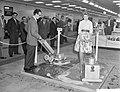 Opening Technische voorjaarsbeurs te Utrecht diverse Zweedse stands, Bestanddeelnr 910-3018.jpg