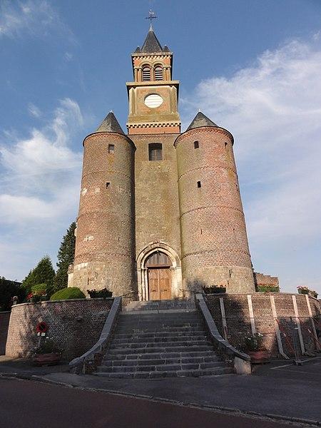 Origny-en-Thiérache (Aisne) église Saint-Cyr-et-Sainte-Julitte, façade