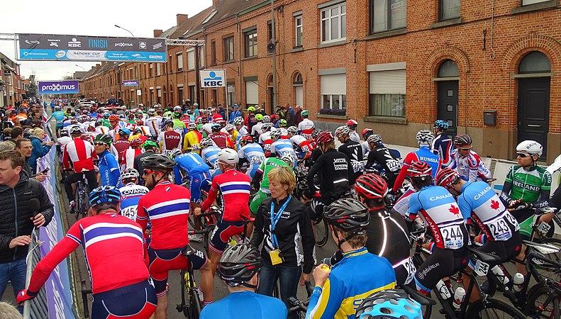 Oudenaarde - Ronde van Vlaanderen Beloften, 11 april 2015 (C05).JPG
