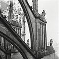 Overzicht van een luchtboog stoel aan de noordkant van het koor - 's-Hertogenbosch - 20425021 - RCE.jpg