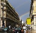 P1060295 Paris Ier rue du Louvre arcs en ciel rwk.JPG