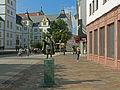 Paderborn, standbeeld Friedrich von Spee foto9 2015-0911 12.09.jpg