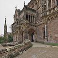 Palacio de Sobrellano, Comillas. Entrada.jpg