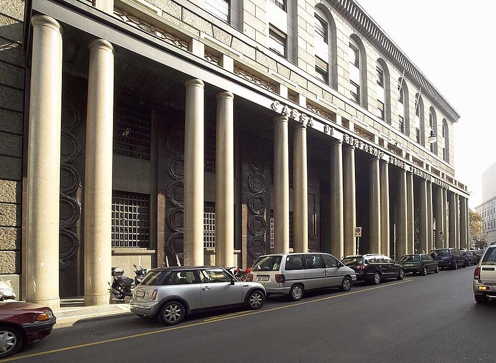 Palazzo delle colonne, esterno 22