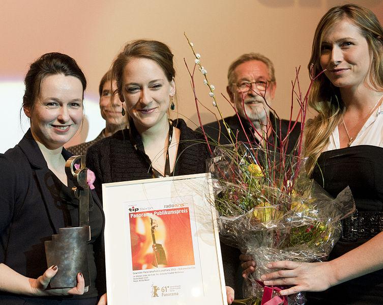 Datei:Panorama PublikumsPreis Verleihung 2011.jpg
