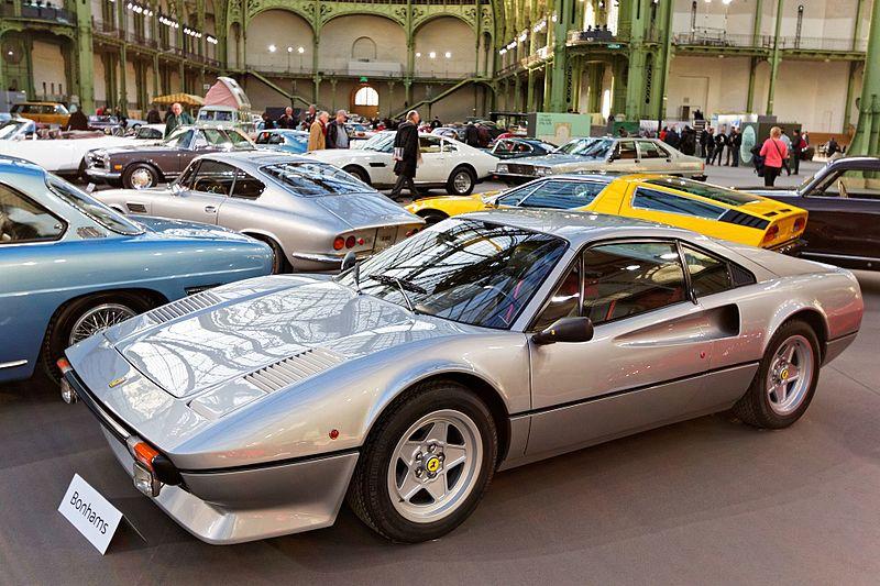 File:Paris - Bonhams 2016 - Ferrari 308 GT Vetroresina Berlinette - 1976 - 001.jpg