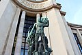 Paris - Palais de Chaillot (27669221417).jpg