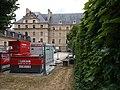 Paris 7e - Boulevard des Invalides - Vue sur l'Hôtel des Invalides, au niveau de la rue de Varenne.jpg