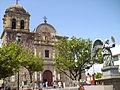 Parroquia de Santiago Apóstol (costado).JPG
