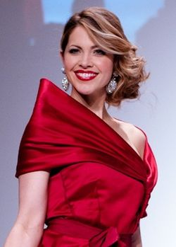 Pascale Hutton wearing Paul Hardy 2 - Heart and Stroke Foundation - The Heart Truth celebrity fashion show - Red Dress - Red Gown - Thursday February 8, 2012 - Creative Commons cropped.jpg