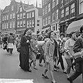 Pax Christi voettocht vanuit Amsterdam, bij het Begijnhof gestart, Bestanddeelnr 915-2661.jpg