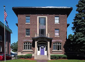 Phi Gamma Delta Fraternity House (University of Minnesota) - The Phi Gamma Delta Fraternity House from the southwest
