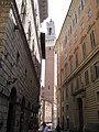 Piazza del Campo Tower between Buildings - panoramio.jpg