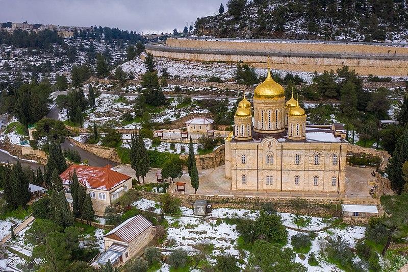 עין כרם - מנזר גורני בשלג