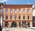 Place Roger-Salengro (Toulouse) - N°1 immeuble de Pierre-Paul Riquet (2e moitié du XVIIIe siècle).jpg