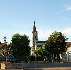 Place et église.jpg