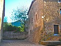 Placeta de l'església a Joanetes, la Garrotxa - panoramio.jpg