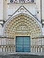Poitiers-Kathedrale-116-Portal-2008-gje.jpg