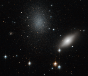 NGC 5011 - HST image of NGC 5011B (right) and NGC 5011C (left).