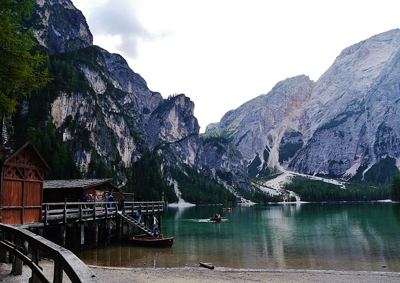 File:Prags Pragser Wildsee 03.jpg