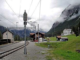 Preda (Rhaetian Railway station) - Preda station looking north