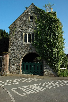 Priory Gatehouse, Usk - geograph.org.uk - 1265132.jpg