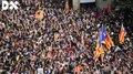 File:Protesta massiva davant la comissaria de la Policia Nacional a la Via Laietana de Barcelona - Directa.webm