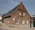 Pulheim-Brauweiler, Hofanlage Kaiser-Otto-Straße 16, Denkmal I-049.jpg