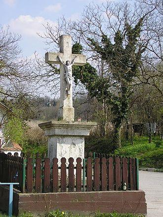Miholjanec - Roadside crucifix in the center of Miholjanec